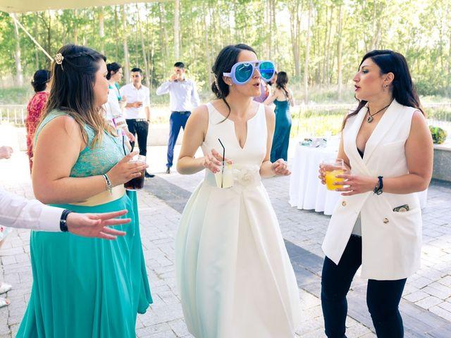 La boda de Santi y Laura en Baños De Cerrato, Palencia 79