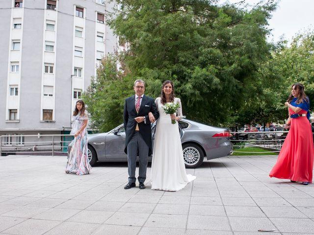 La boda de Alberto y Henar en Santander, Cantabria 14