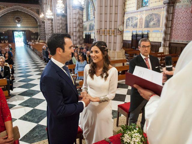 La boda de Alberto y Henar en Santander, Cantabria 15