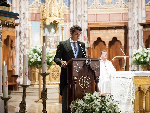 La boda de Alberto y Henar en Santander, Cantabria 16