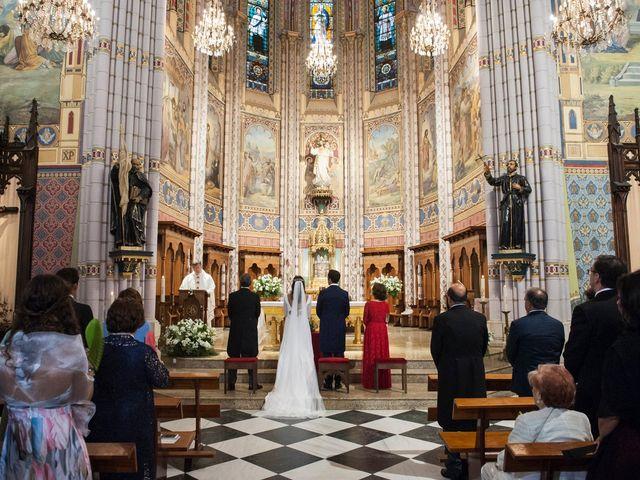 La boda de Alberto y Henar en Santander, Cantabria 20