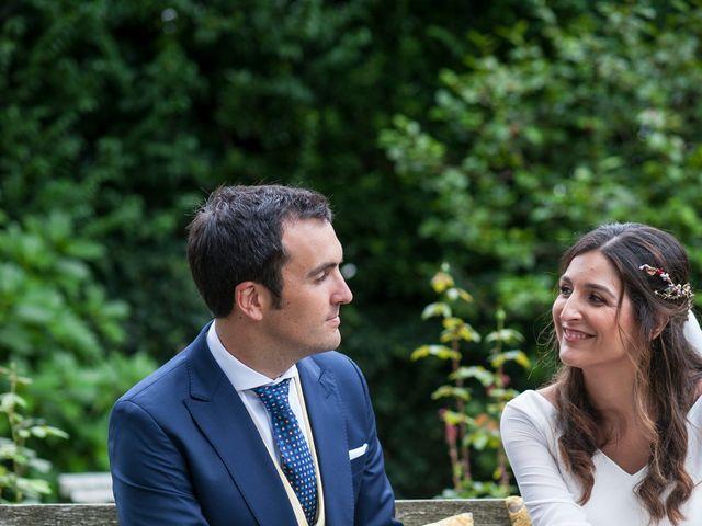 La boda de Alberto y Henar en Santander, Cantabria 28
