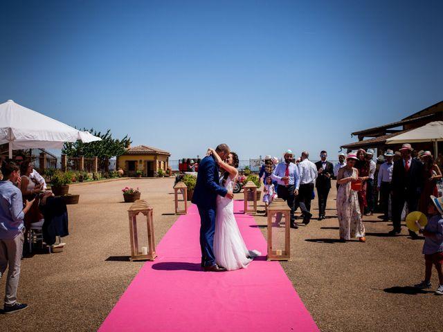 La boda de Fernando y Nadia en Guadalupe, Cáceres 18