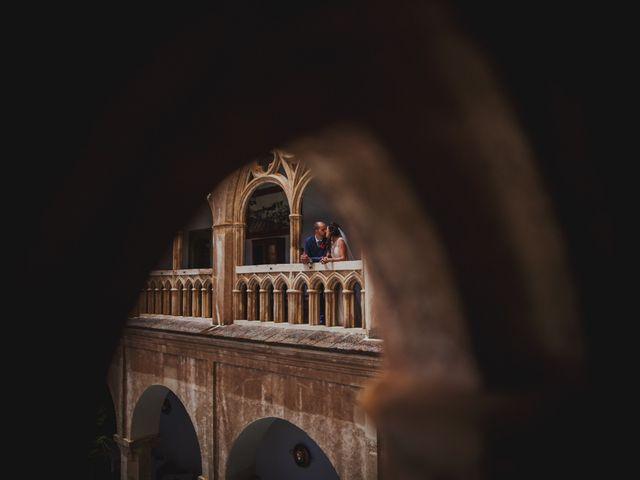 La boda de Fernando y Nadia en Guadalupe, Cáceres 28