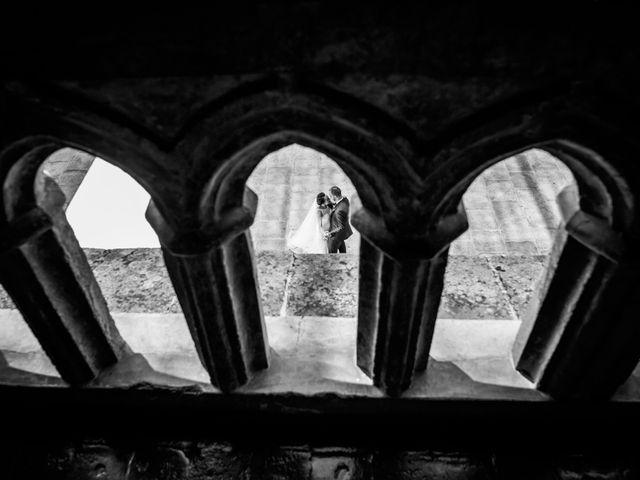 La boda de Fernando y Nadia en Guadalupe, Cáceres 32