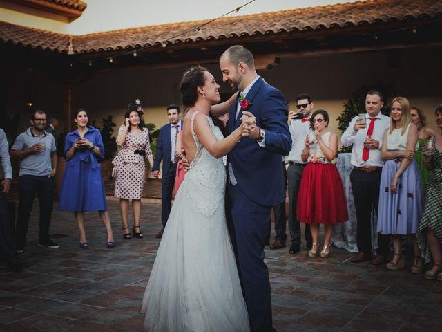 La boda de Fernando y Nadia en Guadalupe, Cáceres 42