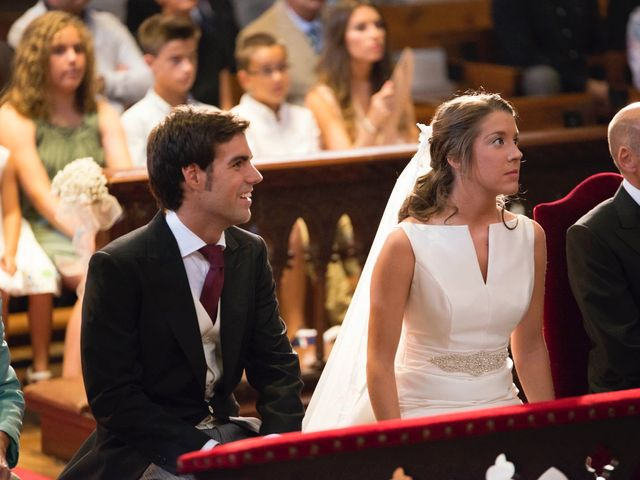 La boda de Luis y Maitane en Otazu, Navarra 24