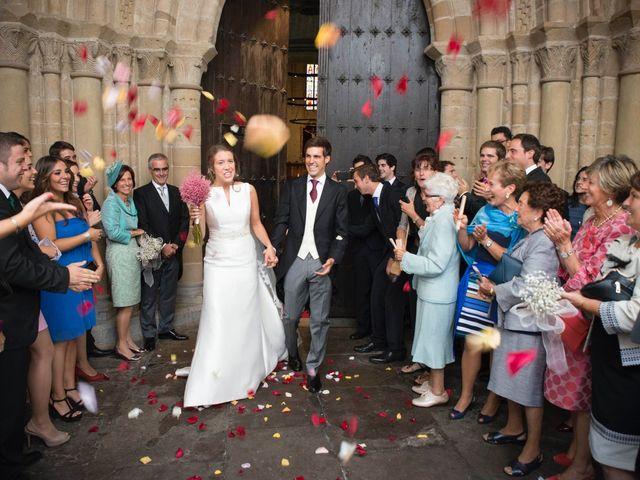 La boda de Luis y Maitane en Otazu, Navarra 30