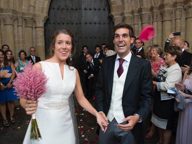 La boda de Luis y Maitane en Otazu, Navarra 31