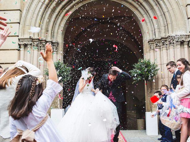 La boda de Santi y MºJose en Pamplona, Navarra 24