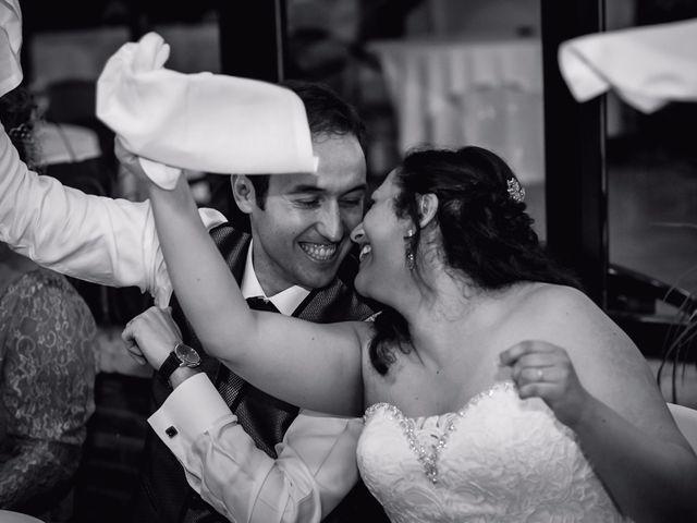 La boda de Lucas y Isabel en Gava, Barcelona 27