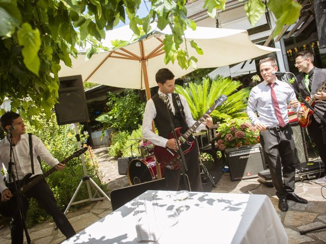 La boda de Iker y Aitziber en Zarautz, Guipúzcoa 6