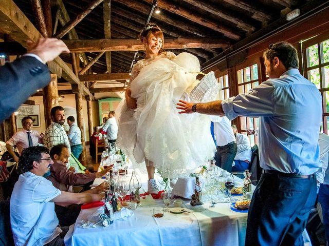 La boda de Hector y Laura en Torrecaballeros, Segovia 17
