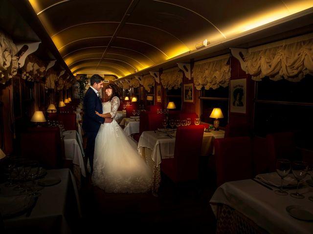 La boda de Hector y Laura en Torrecaballeros, Segovia 25