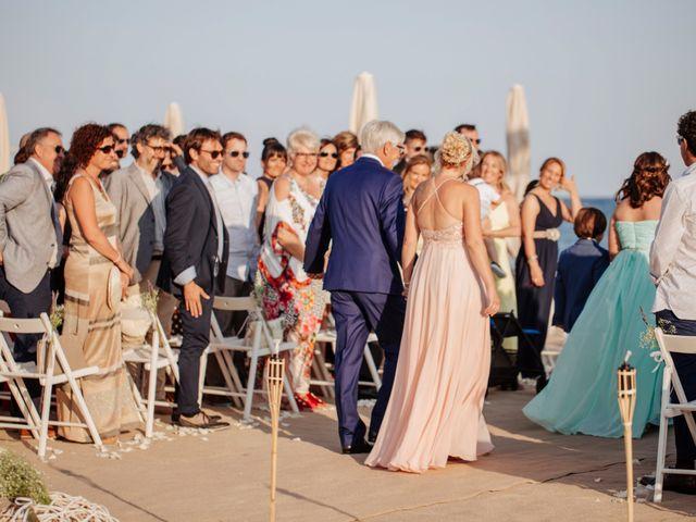 La boda de José y Laura en El Vendrell, Tarragona 21