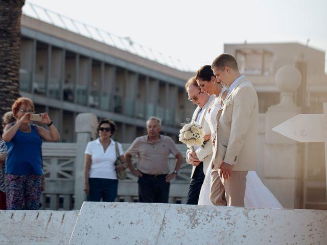 La boda de José y Laura en El Vendrell, Tarragona 22