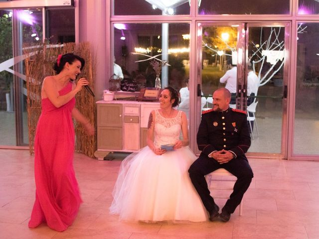 La boda de Emiliano y Raquel en Villagarcia Del Llano, Cuenca 15