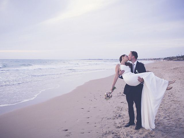 La boda de Sebastian y Ana en Chiclana De La Frontera, Cádiz 91