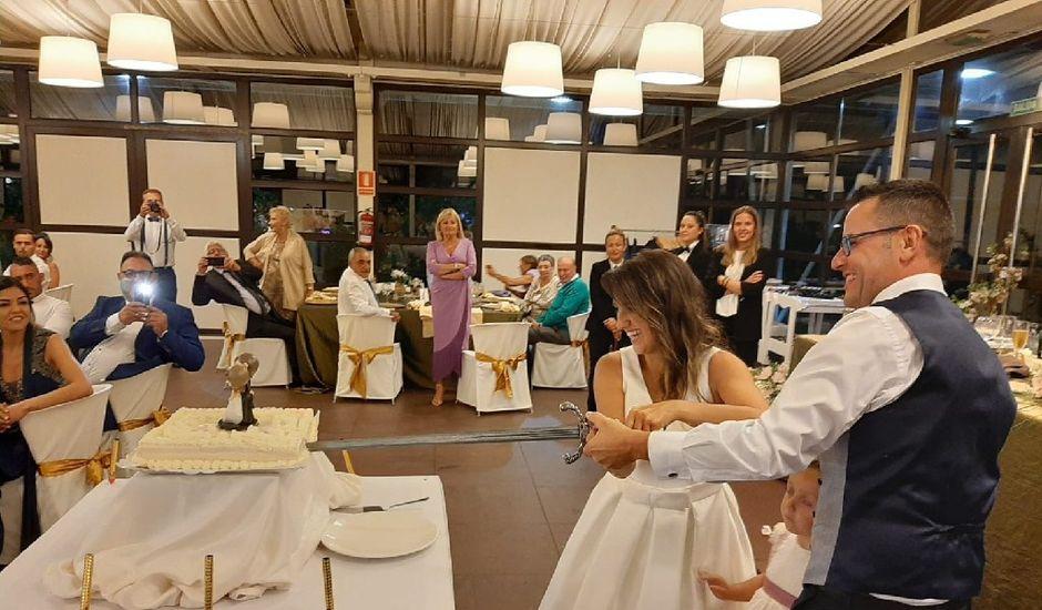 La boda de Kini  y Adriana  en Colloto (Siero), Asturias