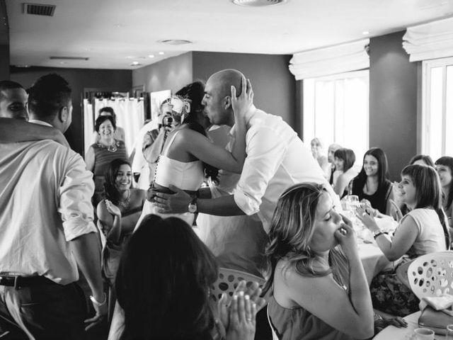 La boda de Alejandro y Tania en A Coruña, A Coruña 14