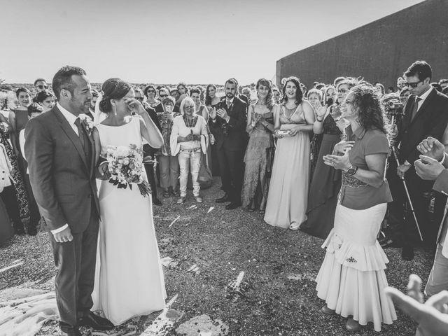 La boda de Sergio y María en Santa Maria De Sando, Salamanca 57