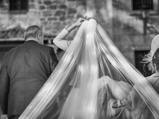 La boda de Raúl y Silvia en Navarredonda De Gredos, Ávila 28