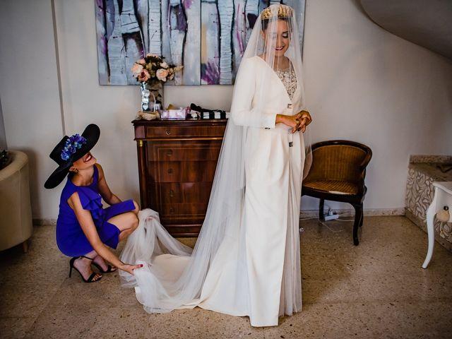 La boda de Antonio y Inma en Los Palacios Y Villafranca, Sevilla 8