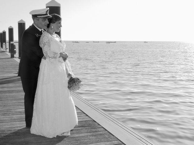 La boda de Javier y Lorena en San Fernando, Cádiz 13