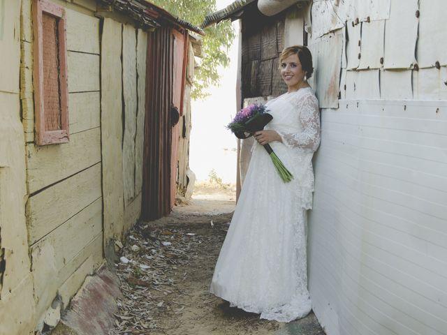 La boda de Javier y Lorena en San Fernando, Cádiz 15