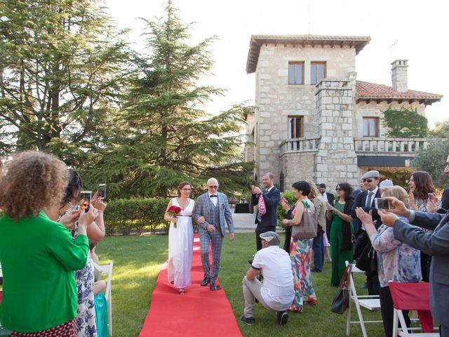 La boda de Mariano y Madly en Torrelodones, Madrid 12