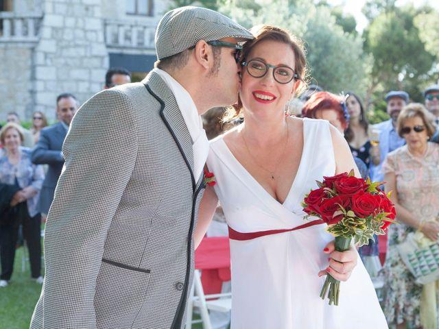 La boda de Mariano y Madly en Torrelodones, Madrid 13
