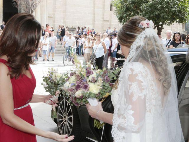 La boda de Guillermo y Patricia en Sevilla, Sevilla 5