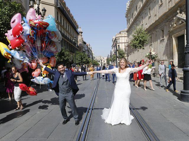 La boda de Guillermo y Patricia en Sevilla, Sevilla 14