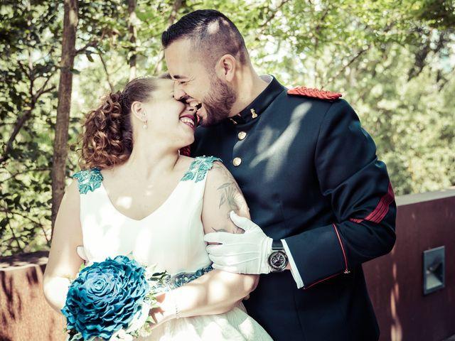 La boda de Iván y Yanira en Pamplona, Navarra 16