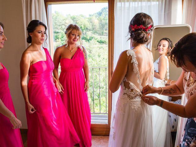 La boda de Fran y Jannette en El Pont De Vilumara I Rocafort, Barcelona 17