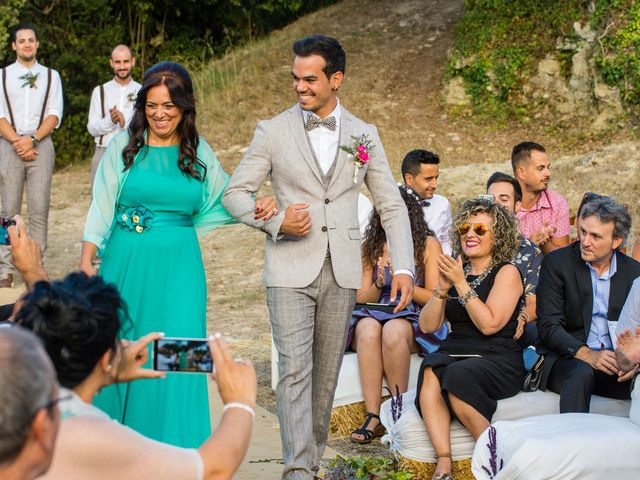 La boda de Fran y Jannette en El Pont De Vilumara I Rocafort, Barcelona 24