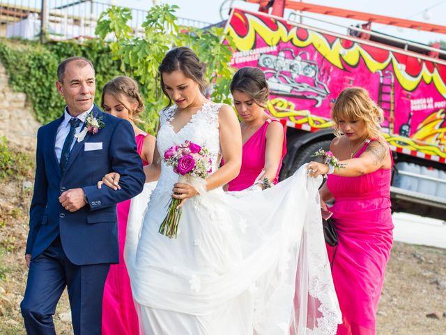 La boda de Fran y Jannette en El Pont De Vilumara I Rocafort, Barcelona 30