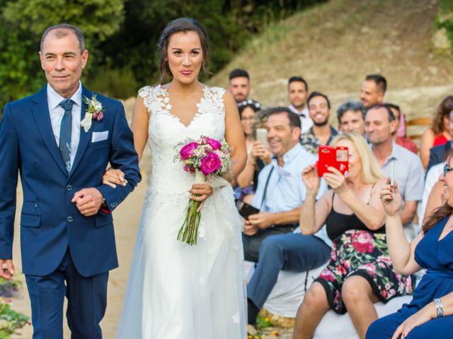 La boda de Fran y Jannette en El Pont De Vilumara I Rocafort, Barcelona 32