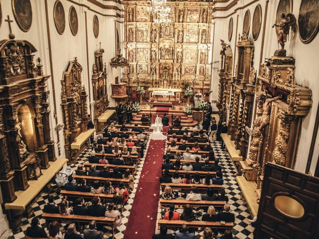 La boda de Christian y Bea en Benalmadena Costa, Málaga 31