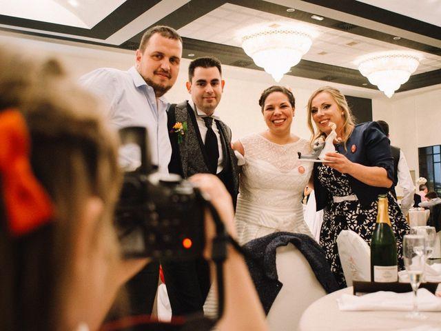La boda de Higinio y Davinia en Alzira, Valencia 203