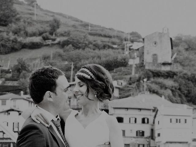 La boda de Alex y Miriam en Pasai Donibane, Guipúzcoa 9
