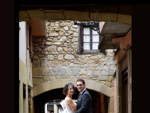 La boda de Alex y Miriam en Pasai Donibane, Guipúzcoa 13