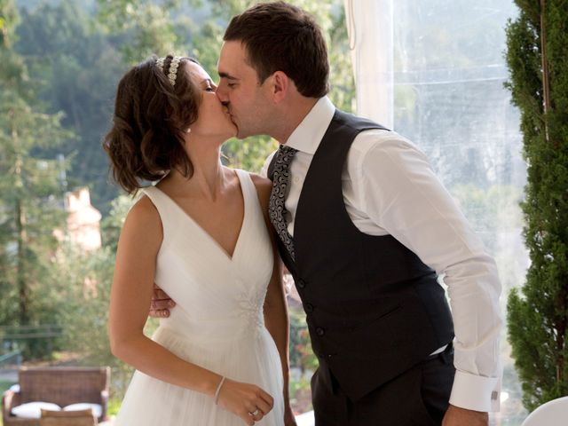 La boda de Alex y Miriam en Pasai Donibane, Guipúzcoa 25