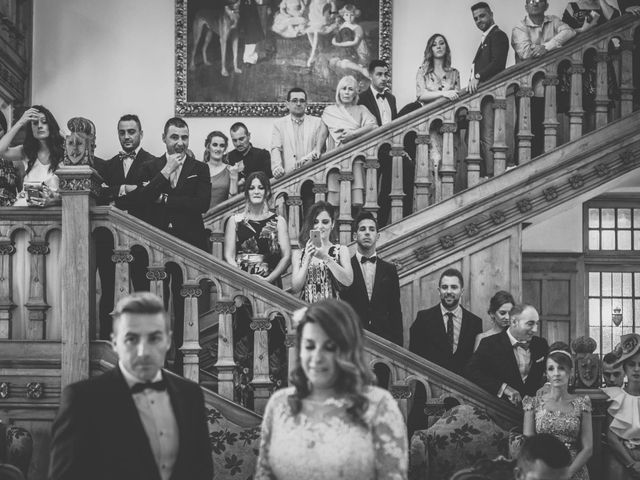 La boda de Iván y Verónica en Oruña De Pielagos, Cantabria 19