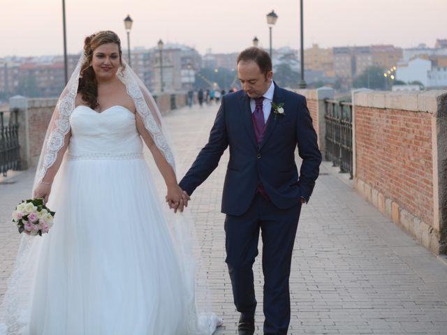 La boda de Paco y Elena en Badajoz, Badajoz 26