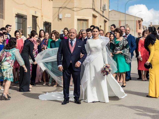 La boda de Sergio y Maria en Quintanar Del Rey, Cuenca 16