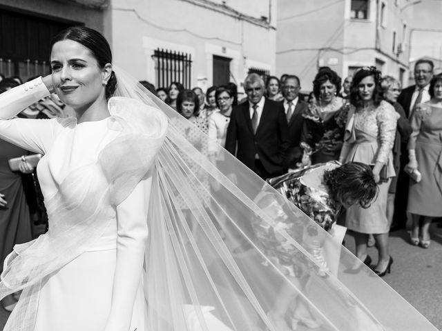 La boda de Sergio y Maria en Quintanar Del Rey, Cuenca 17