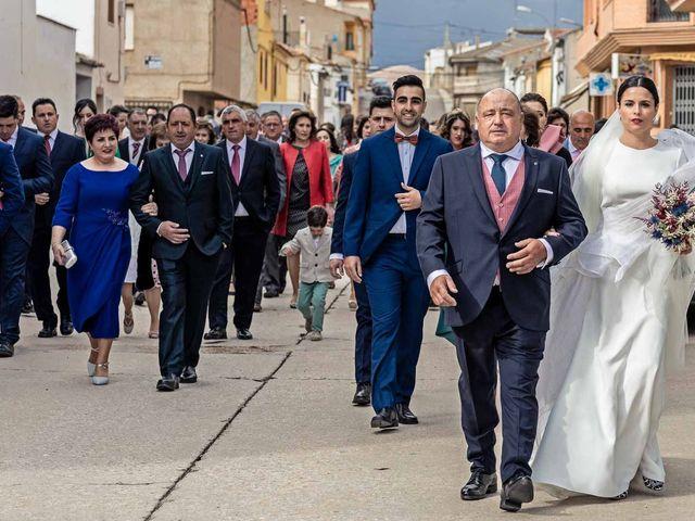 La boda de Sergio y Maria en Quintanar Del Rey, Cuenca 21