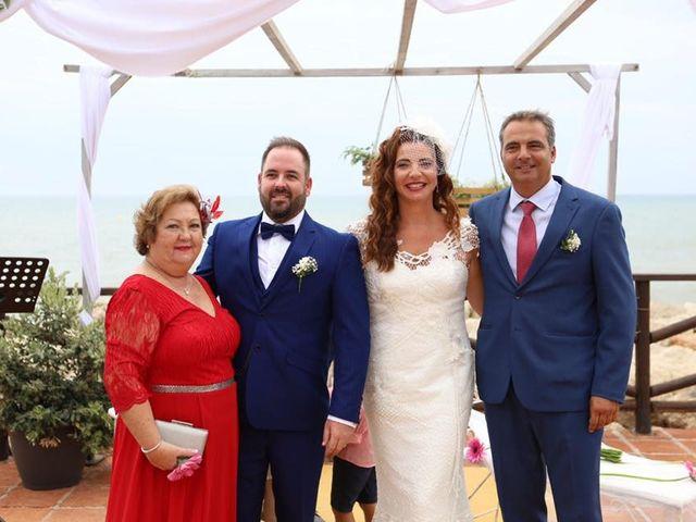 La boda de Rafa y Irene en Benajarafe, Málaga 13