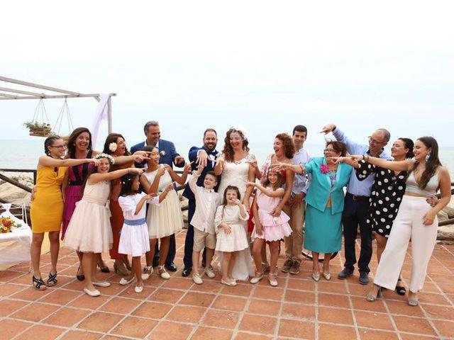 La boda de Rafa y Irene en Benajarafe, Málaga 16